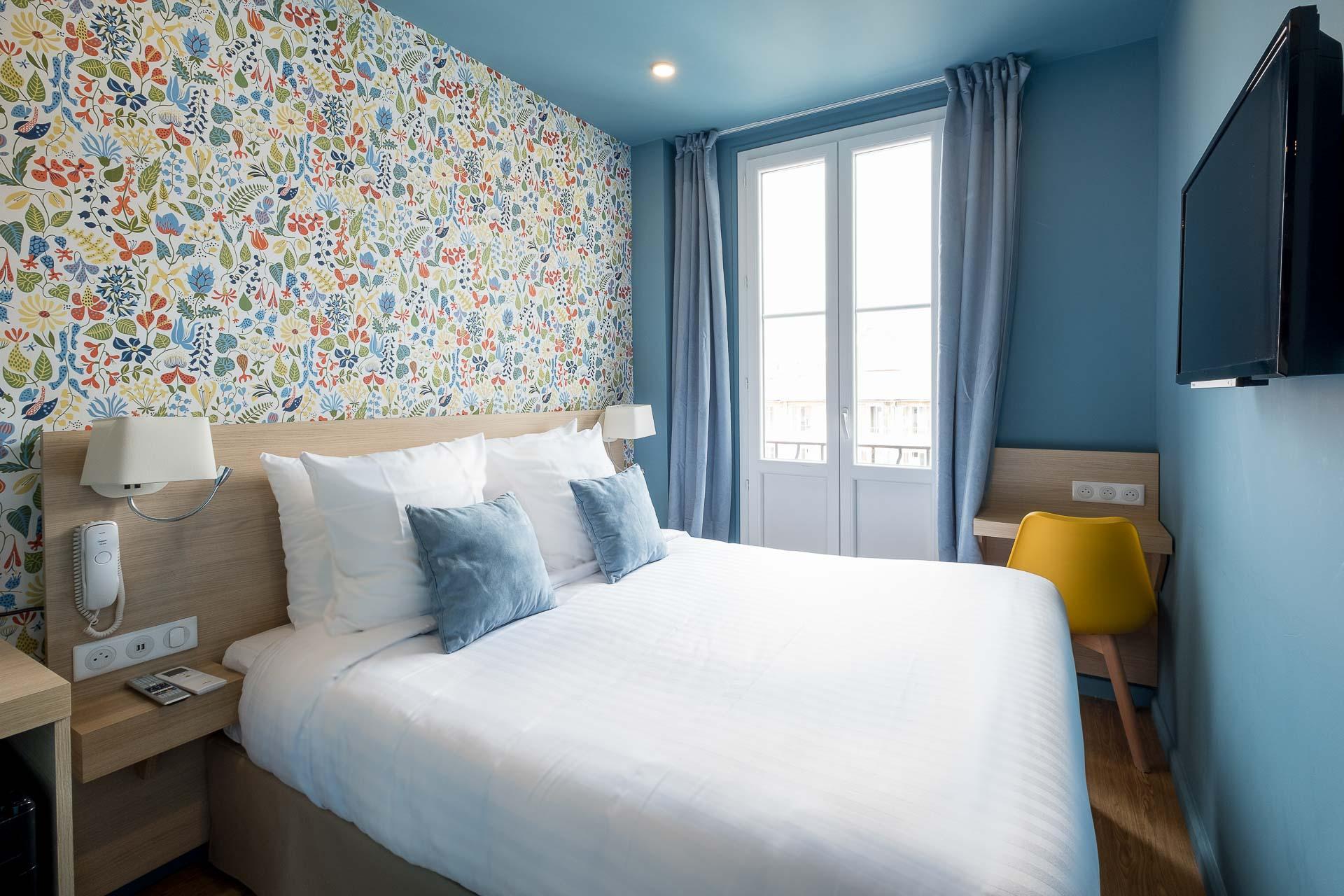 Mini Kühlschrank Fürs Zimmer : Gemütliche zimmer unseres charmanten hotels in nizza hotel du